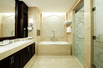 John Jacob Astor Suite - Bathroom