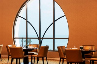 Vine Restaurant - Arabian Gulf View