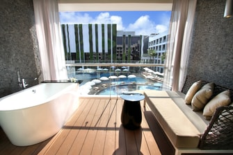 Deluxe Pool Balcony, The Stones Hotel