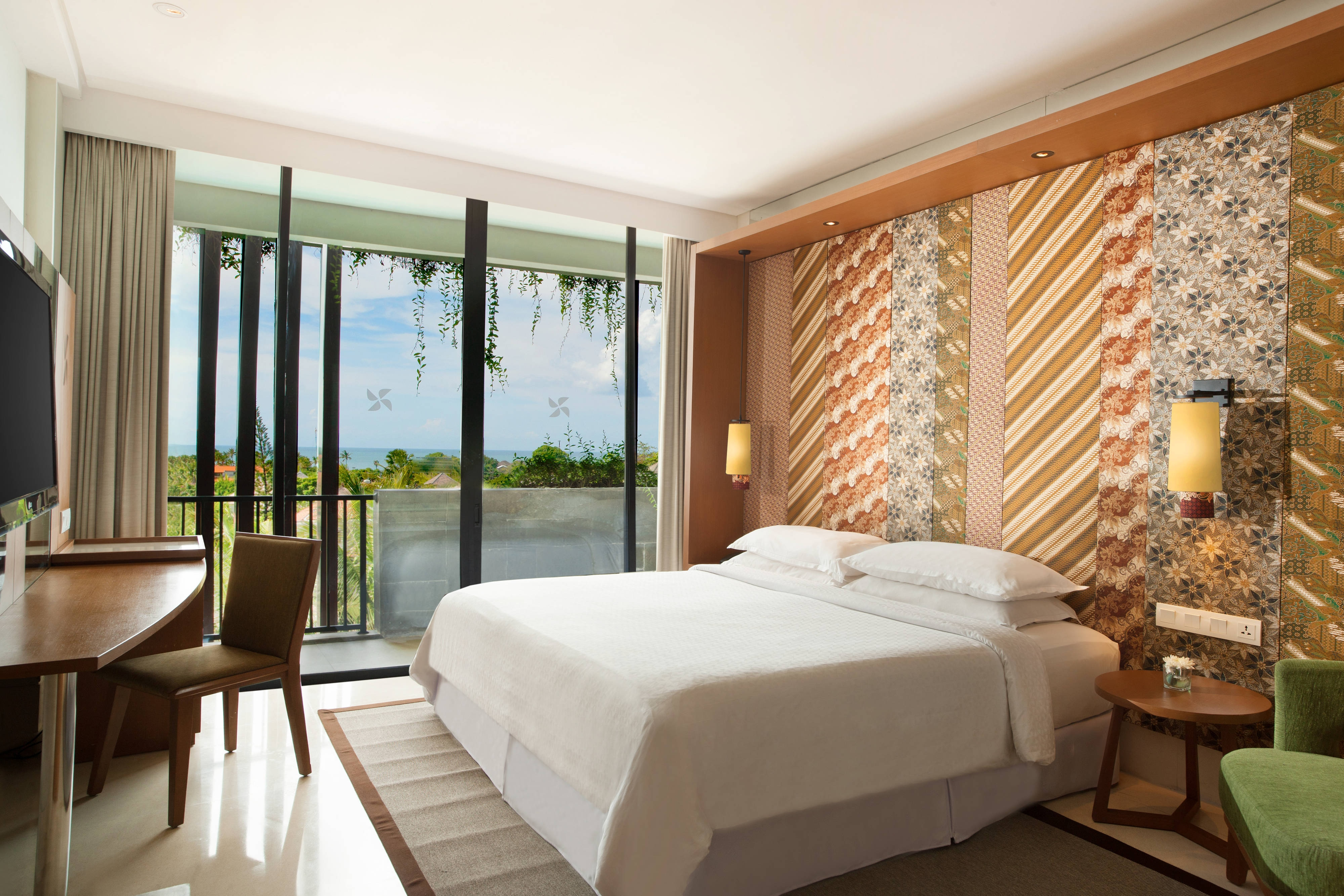 Four Points By Sheraton Bali Seminyak Spg Paket Murmer Acces Point Komplit Deluxe Guest Room