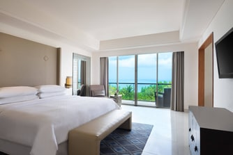 Ocean Front Suite - Bedroom
