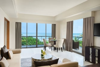 Ocean Front Suite - Living Room