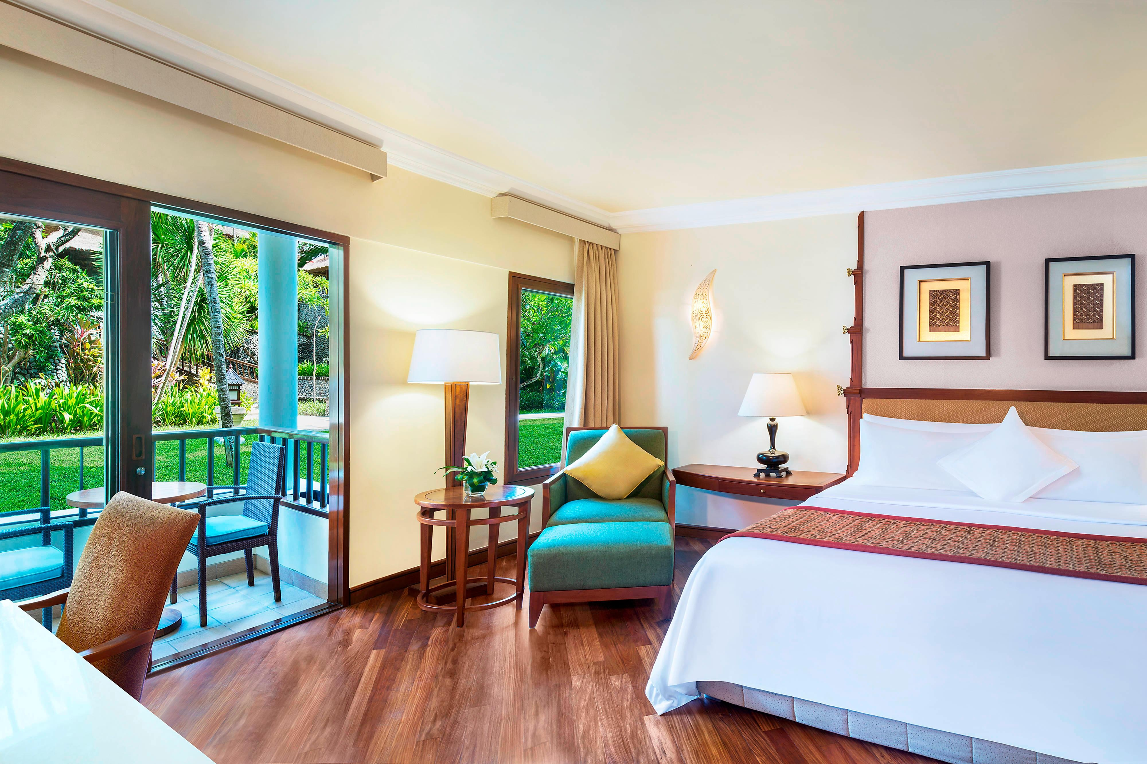 Rooms: The Laguna, A Luxury Collection Resort