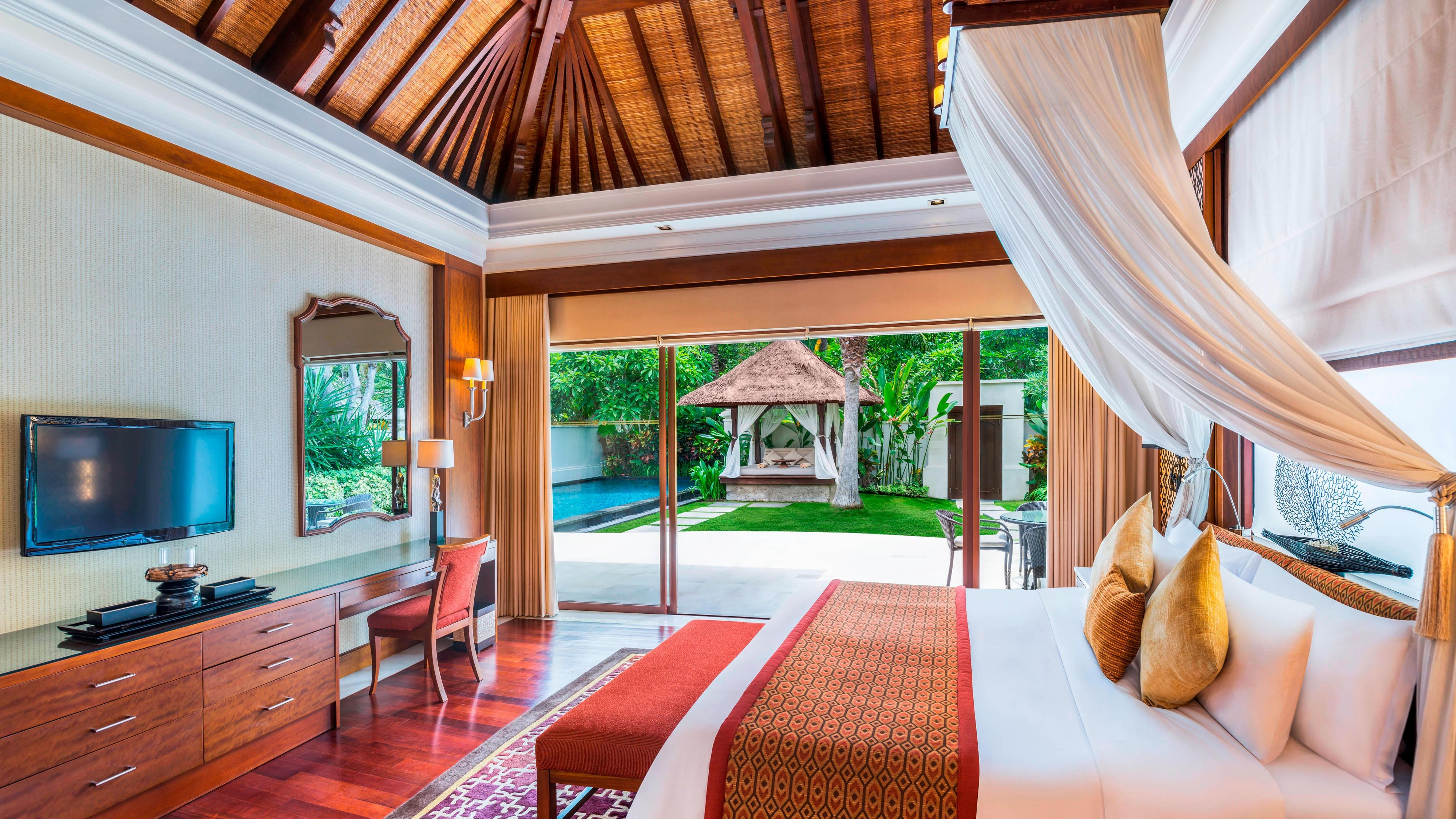 The Laguna Pool Villa Bedroom