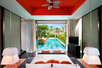 E WOW Three-Bedroom Pool Villa - Master Bedroom