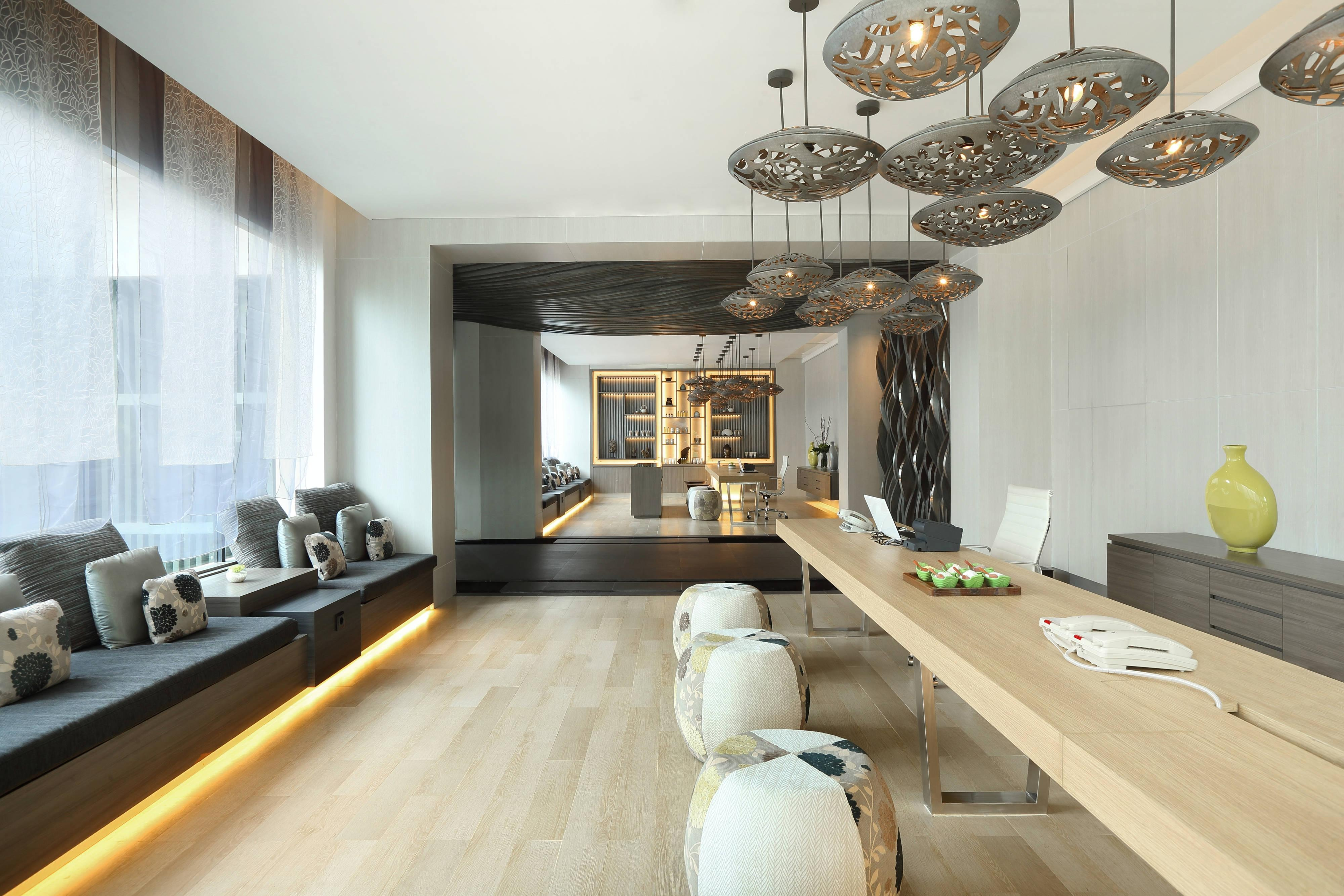 Heavenly Spa by Westin Reception & Retail
