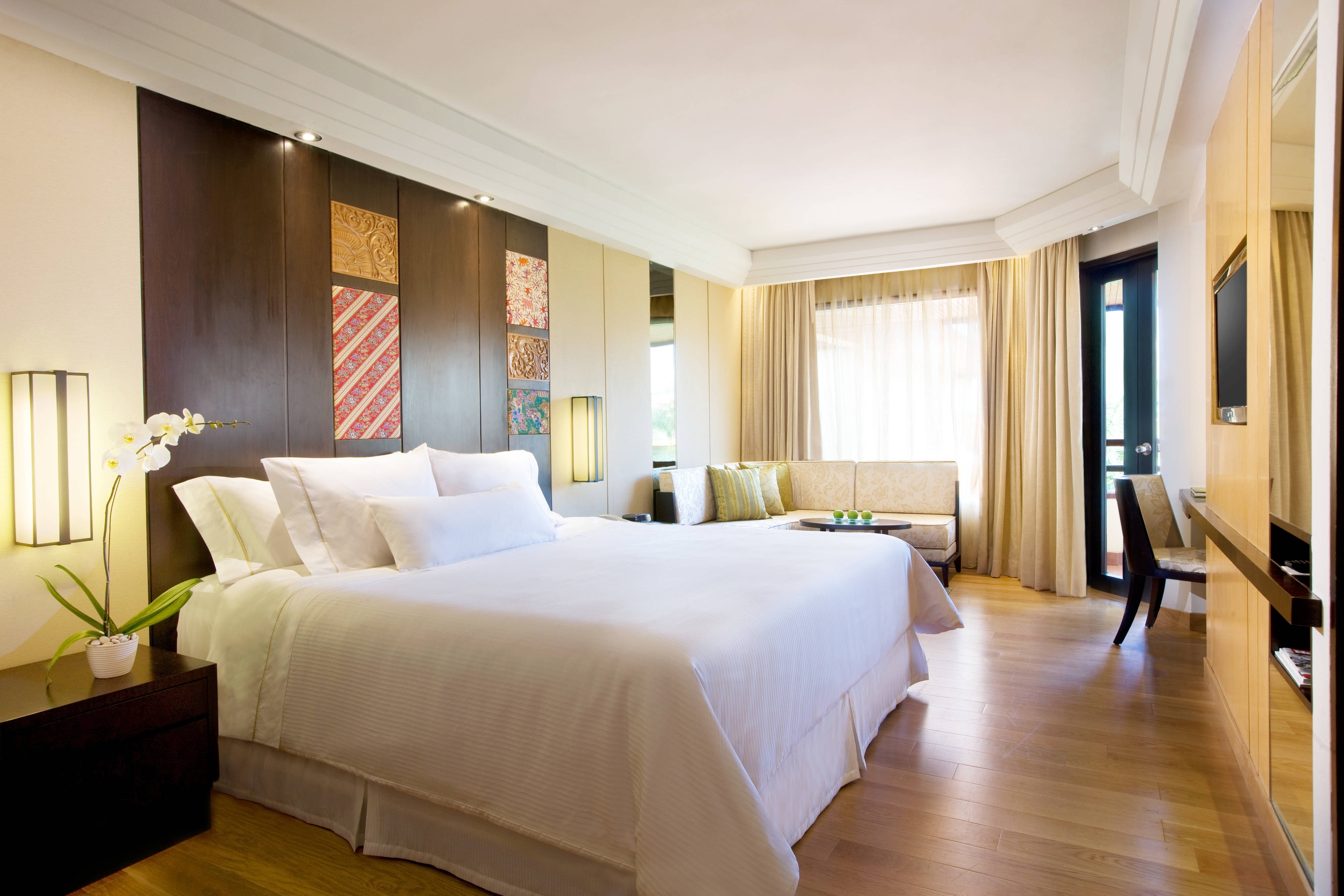 Spacious Family Suite - Bedroom