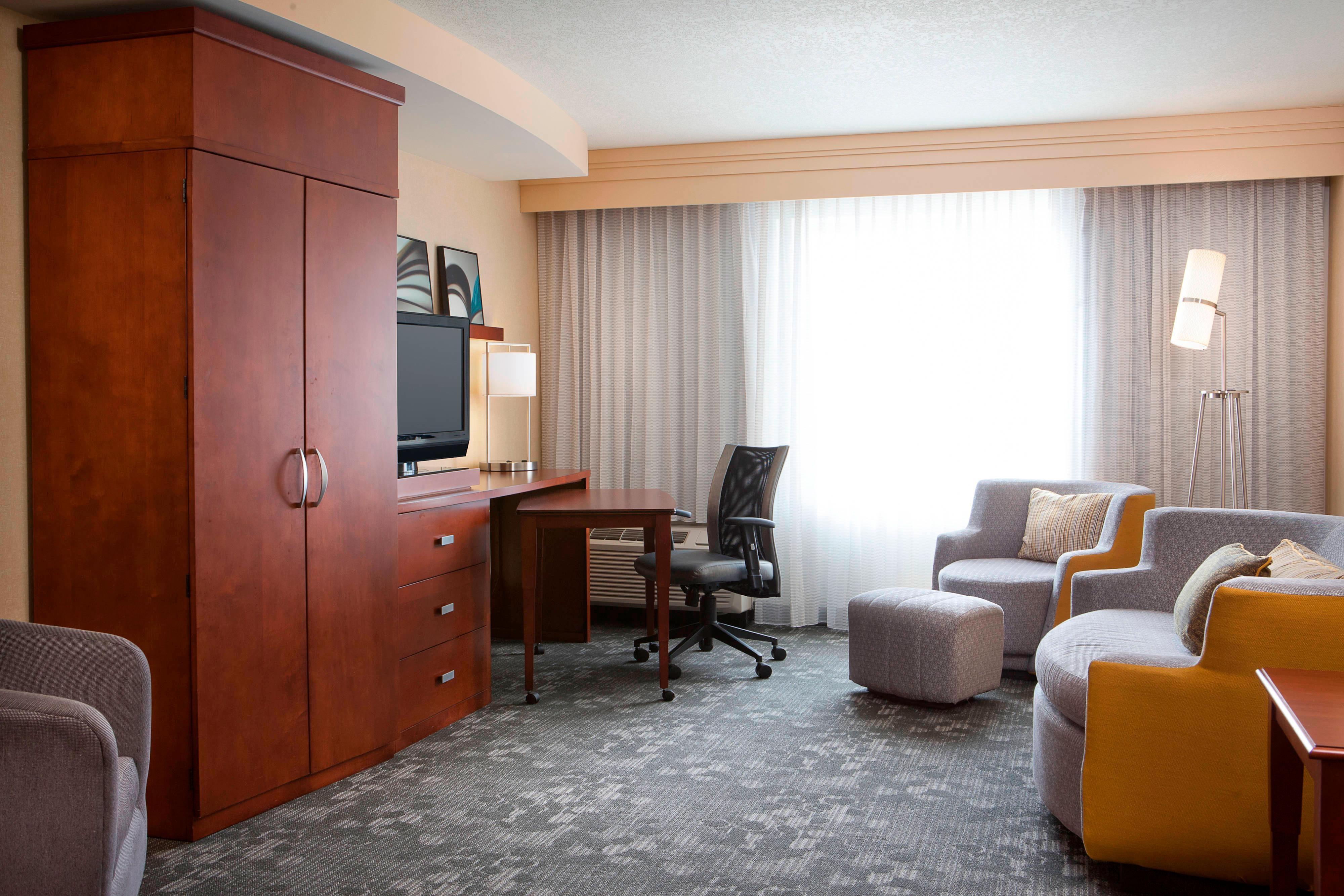 Guest Suite - Living Area