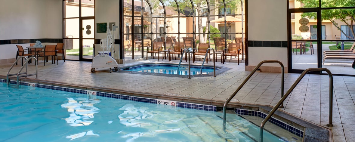 Hotels Near Valley West Mall Des Moines