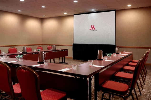 Functional Meeting Space in Des Moines