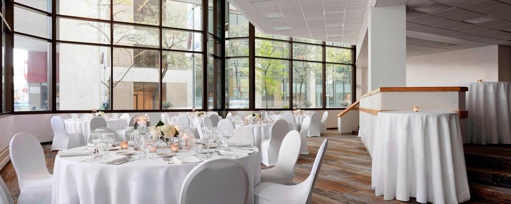 Des Moines Wedding Venues Des Moines Marriott Downtown