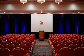 Theatre-style meeting at Des Moines Marriott Downtown