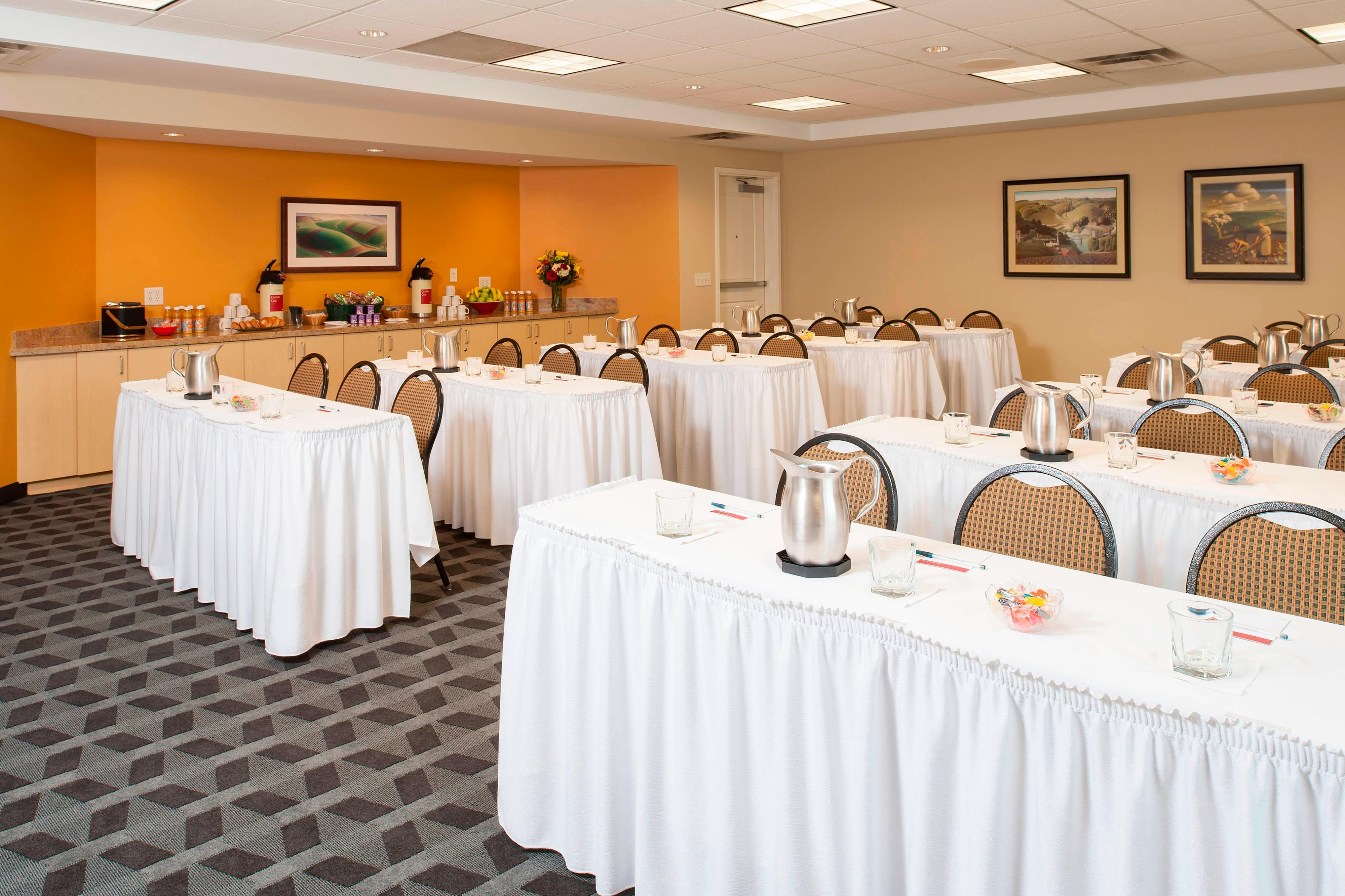 Meeting room at TownePlace Suites Johnston, IA