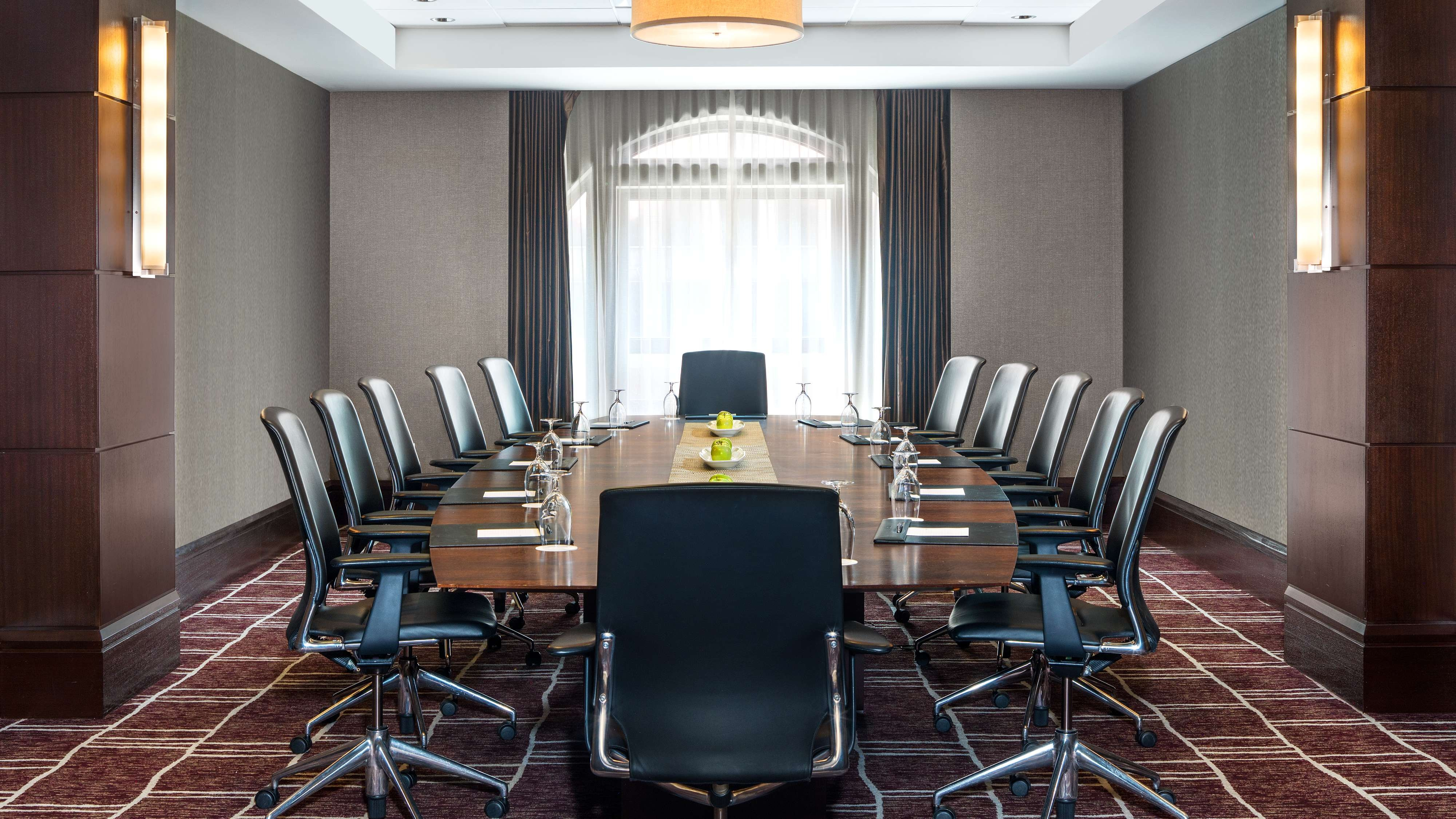 Washington Boardroom