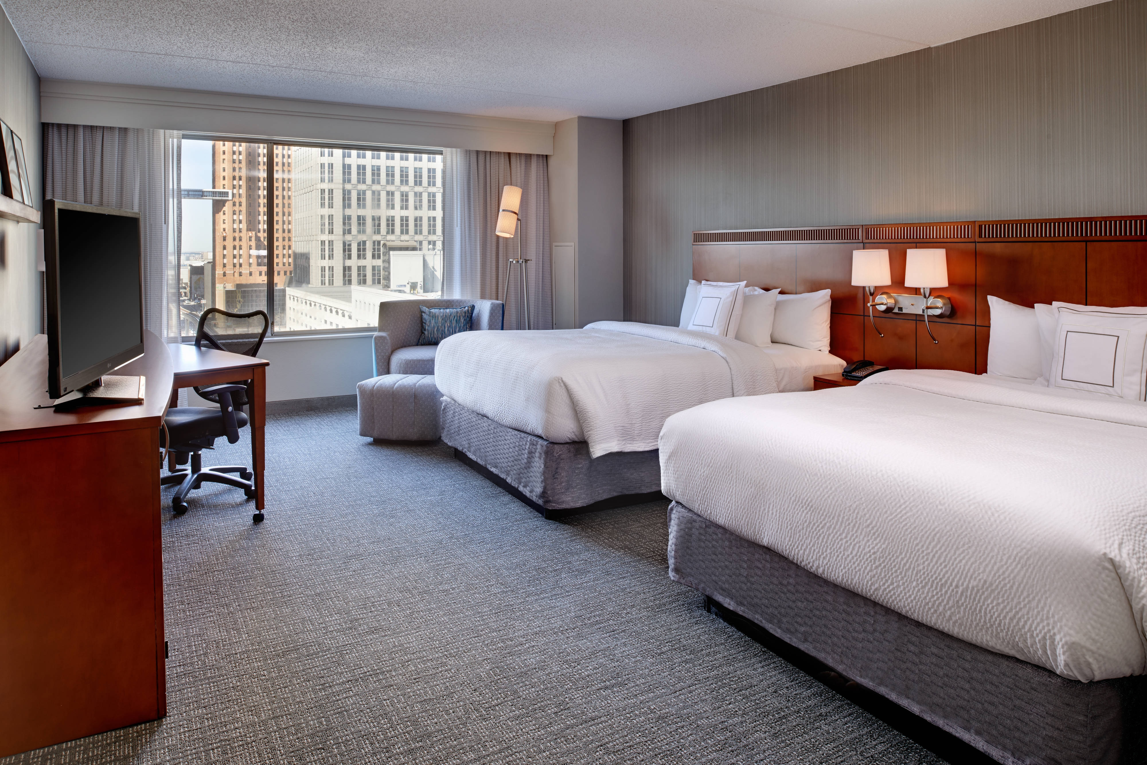boutique michigan room service rooms the cheap four star near hotel best in king townsend detroit