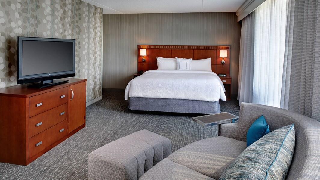 Detroit Suites