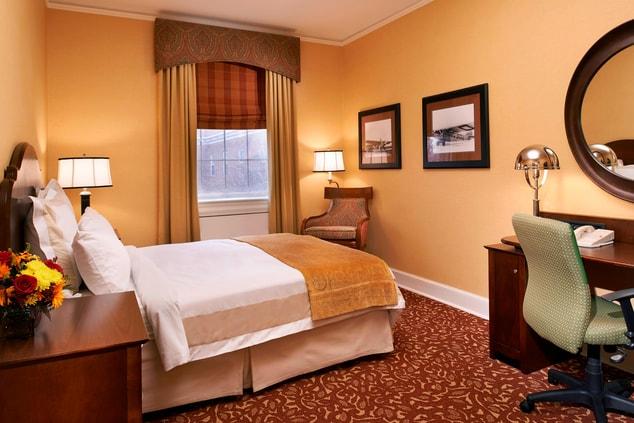 Hotel Room in Dearborn
