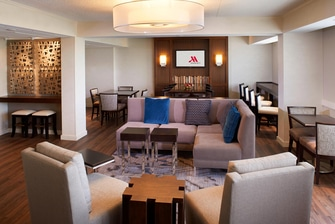 Detroit Metro Airport Marriott Concierges Lounge