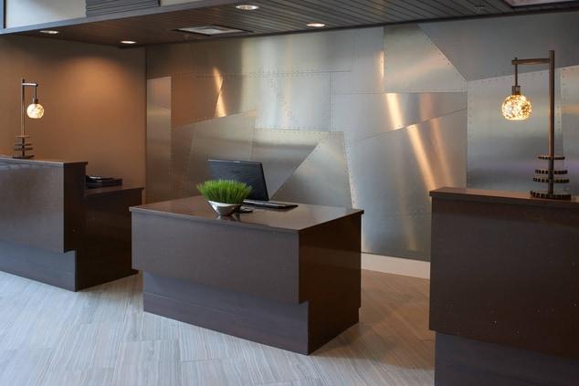 Detroit Marriott Southfield Front Desk