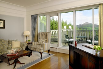 Enniskerry hotel suite