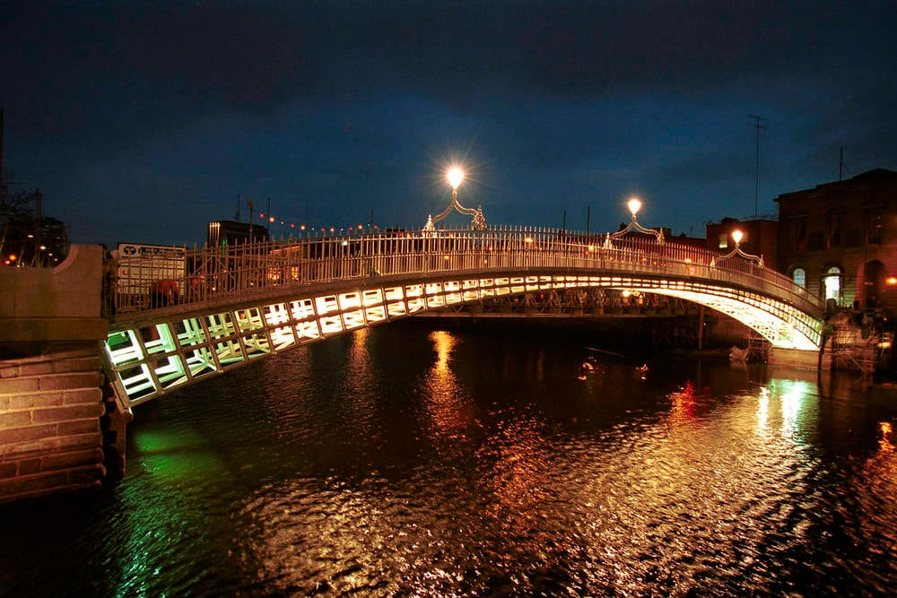 The Ha'Penny Bridge at night time