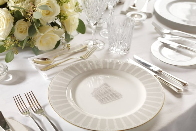 BanKing Hall Place Setting