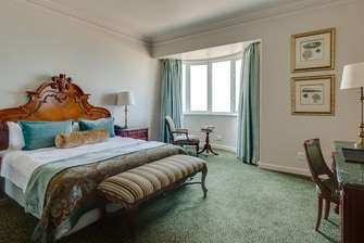 Protea Hotel Edward Presidential Guest Room