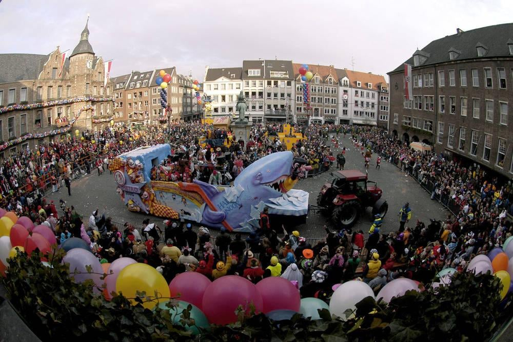 Rosenmontag Parade