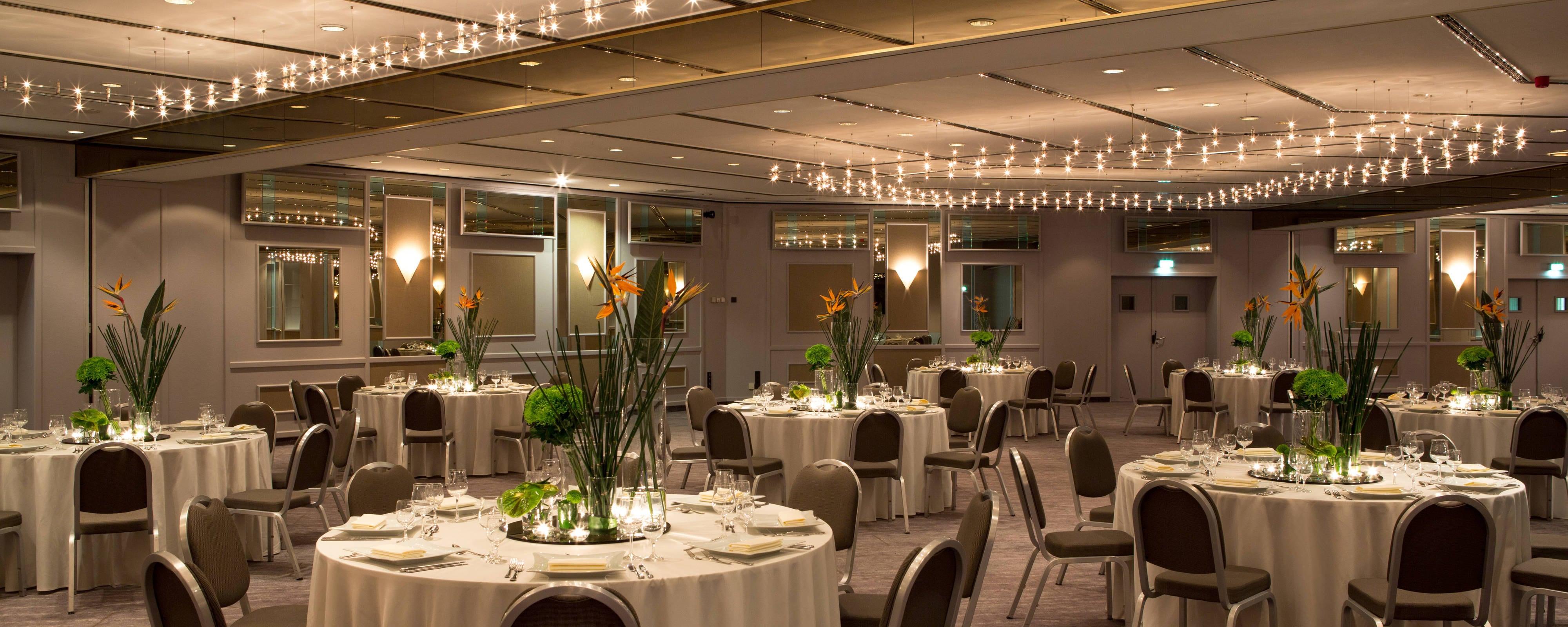 duesseldorf wedding reception venues renaissance duesseldorf hotel. Black Bedroom Furniture Sets. Home Design Ideas
