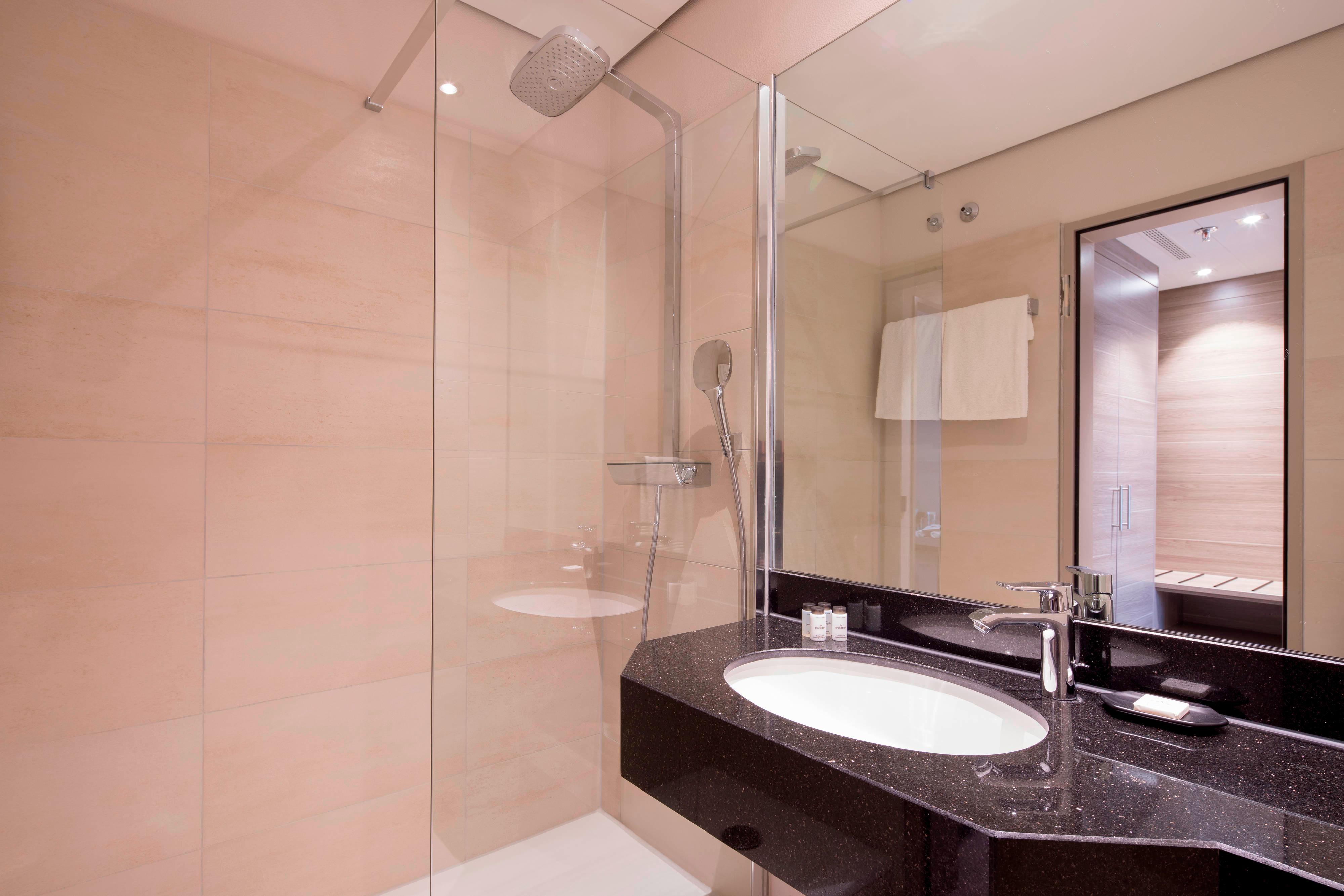 Полулюкс– ванная комната