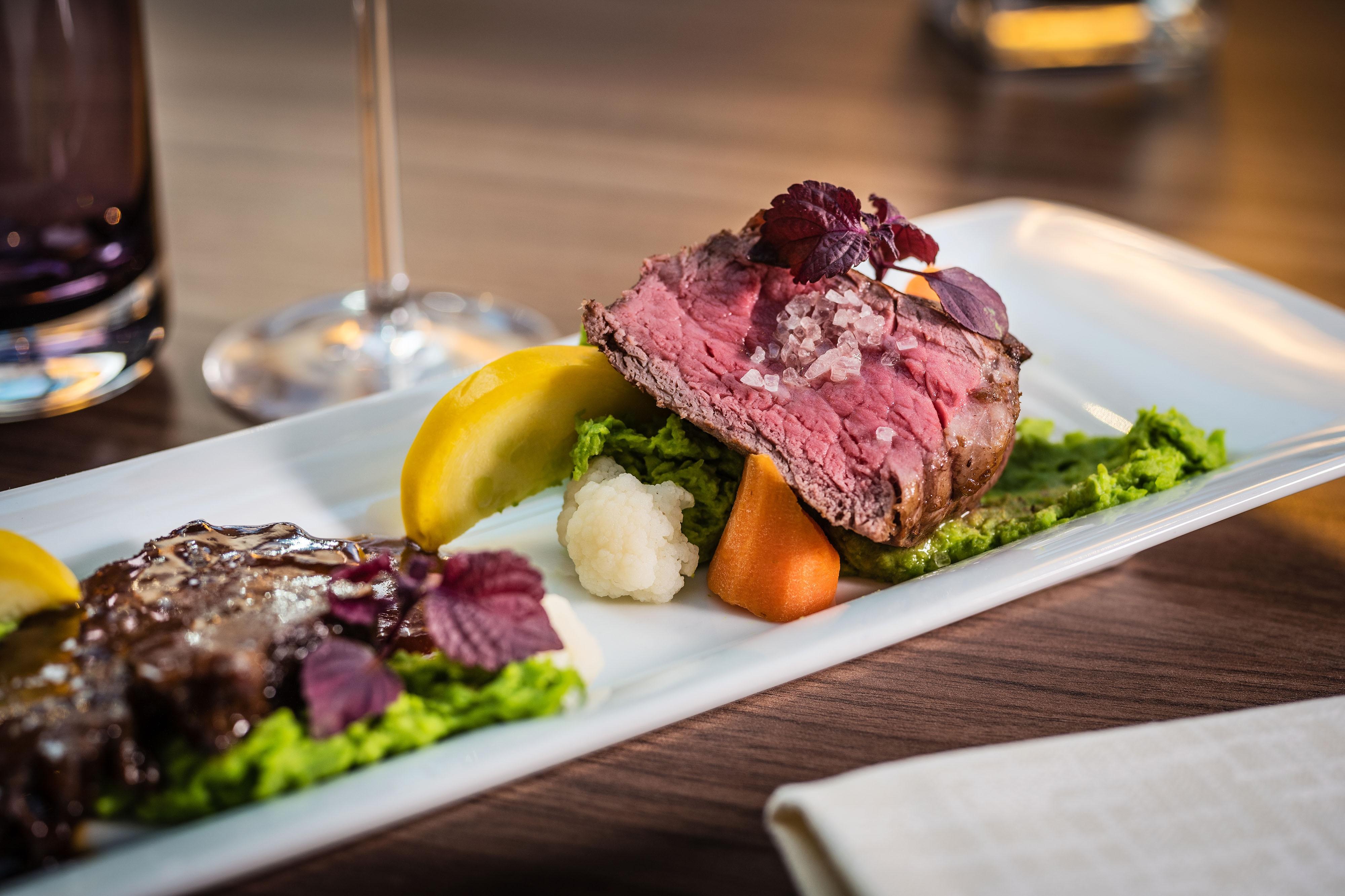 Restaurant Otto– Steakgericht zum Abendessen