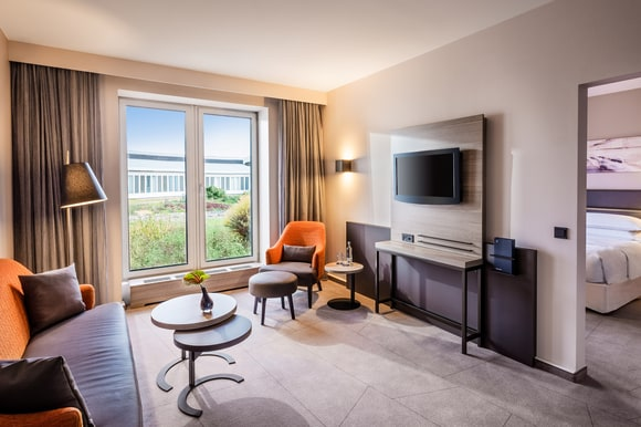 Sheraton Dusseldorf Airport Hotel Sleep Stay Get Ready For Take Off