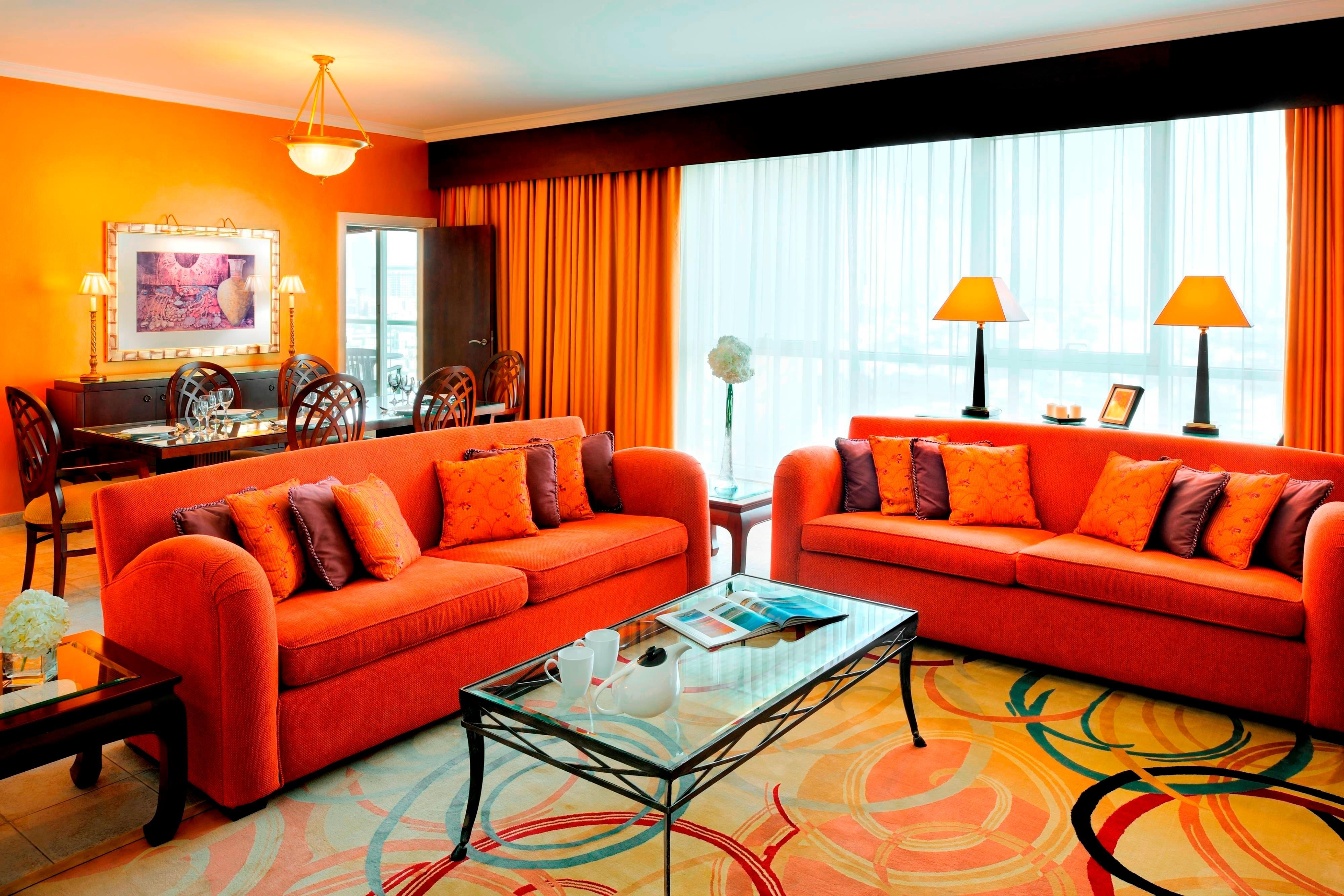 Sala de estar de la suite de dos y tres dormitorios