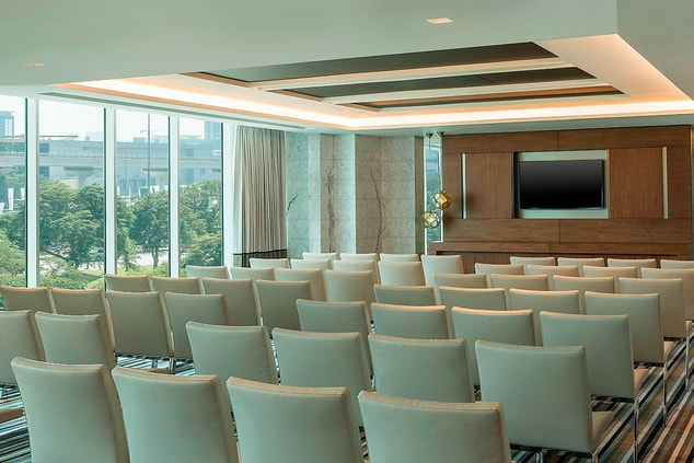 Nexus 3+4 Theatre-Style Meeting-up
