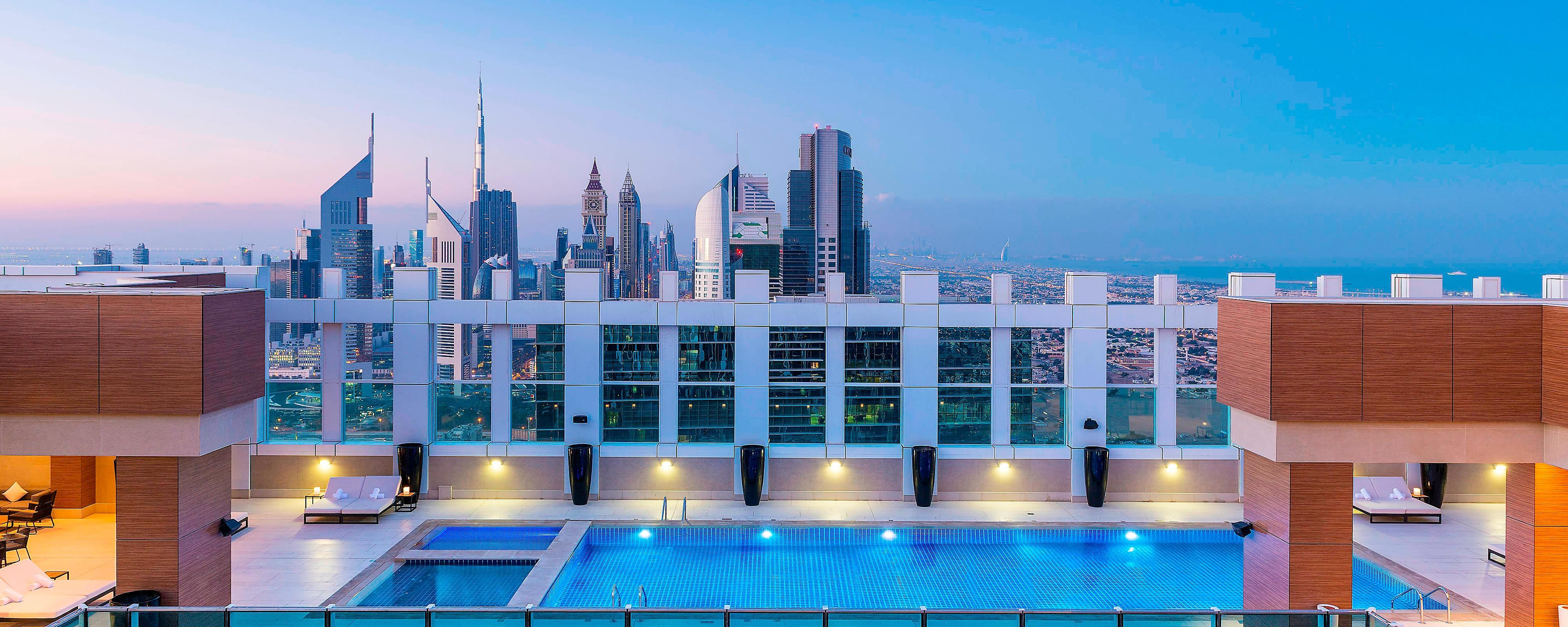 Make the most of the laid back Poolside vibe while enjoying fantastic Views of the city
