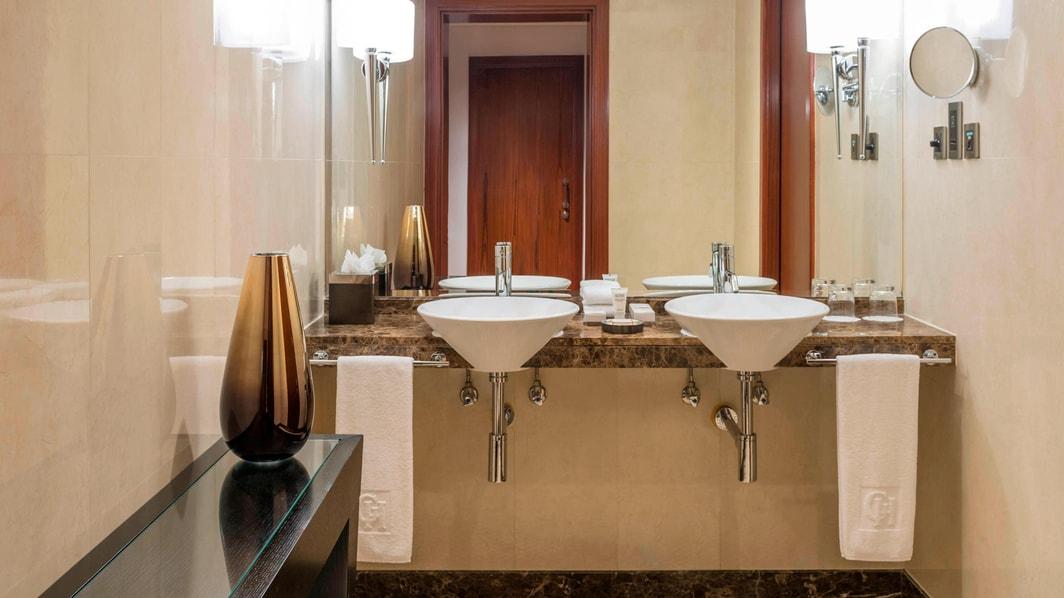 Apartamento Residence com dois quartos - banheiro