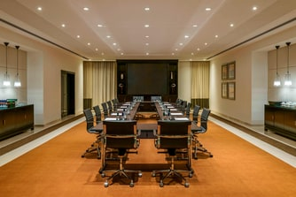 Eton Meeting Room U-Shape Hollow Setup