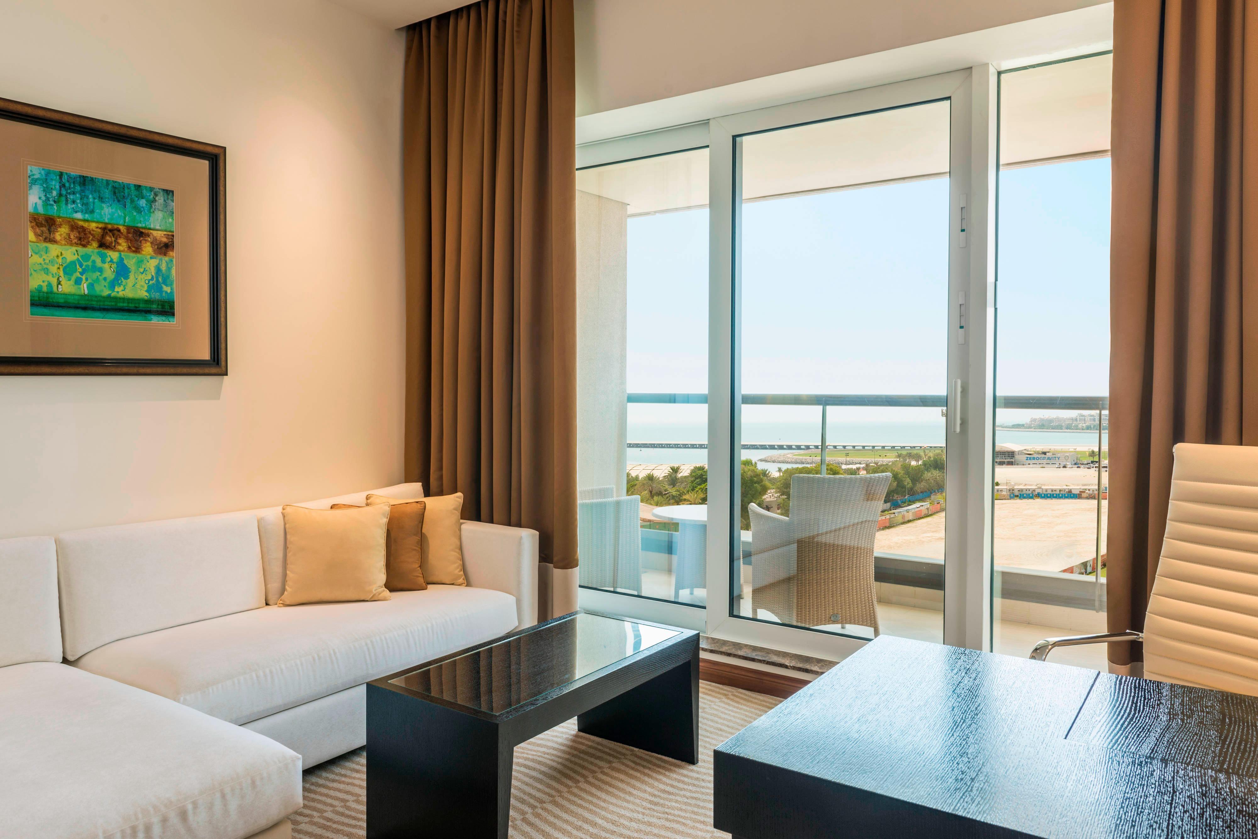 Premier Guest Room Lounge