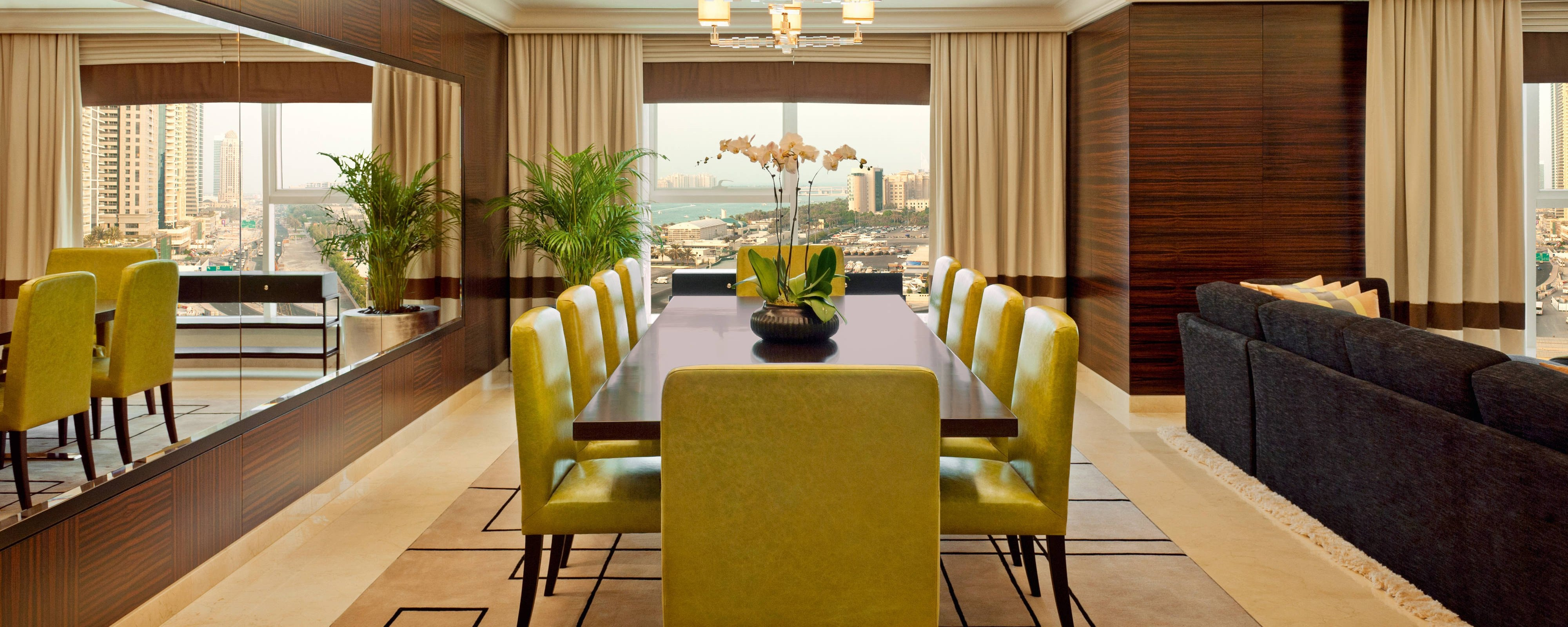 Royal Suite-Dining Area