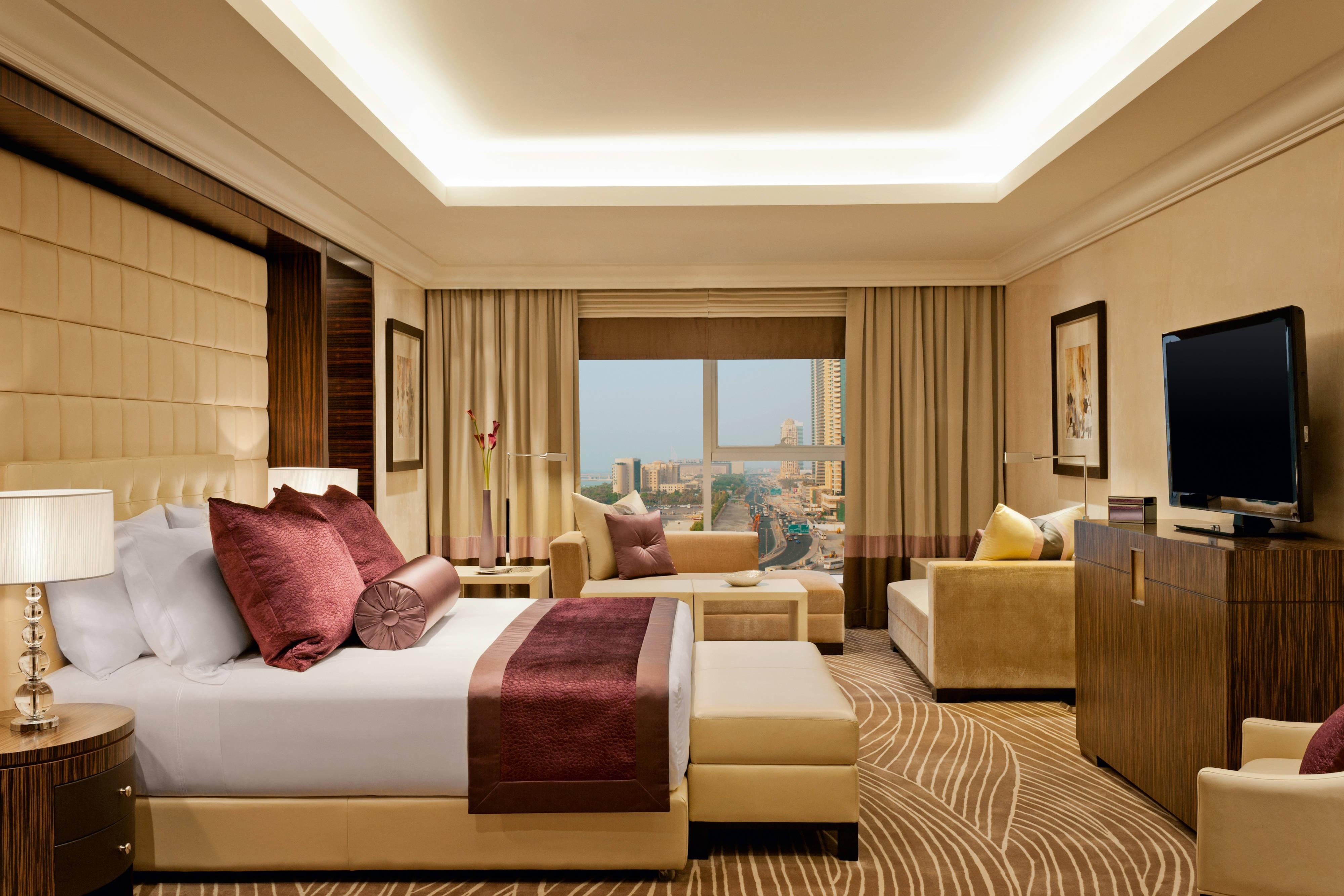 Royal Suite-Master Bedroom