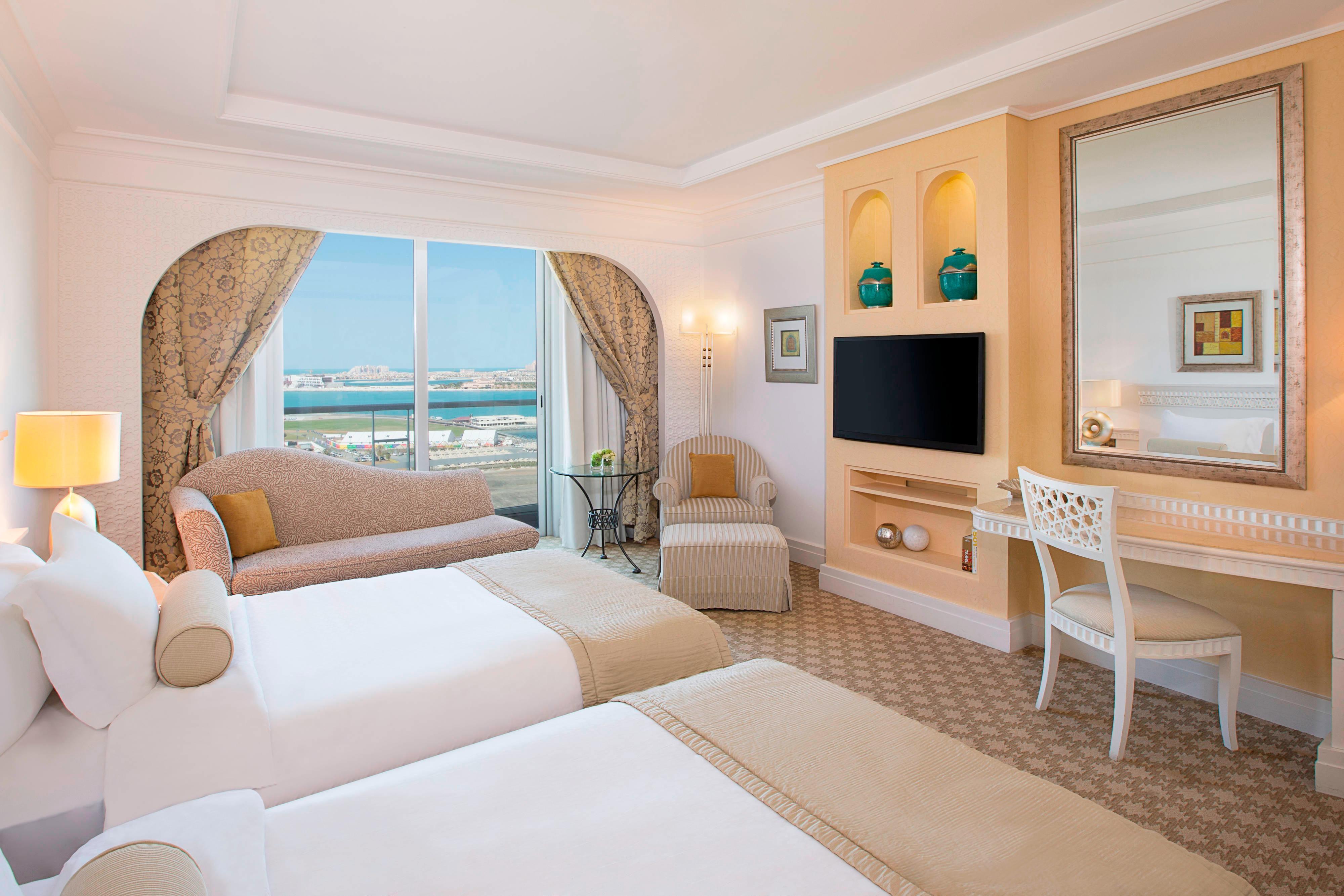 Chambre Tower face à l'océan avec lits jumeaux