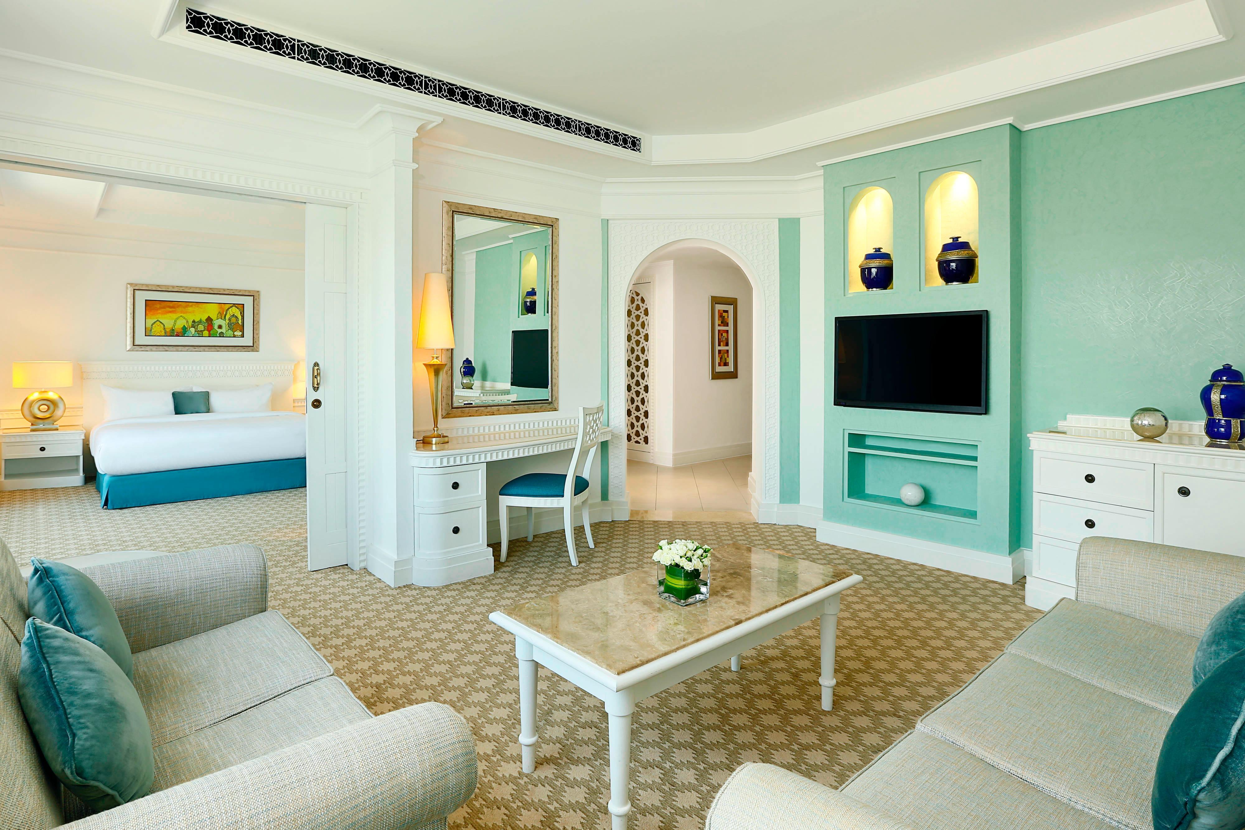 Wohnzimmer der Suite in Dubai