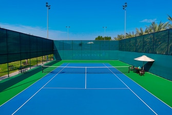 Dubai resort with tennis courts