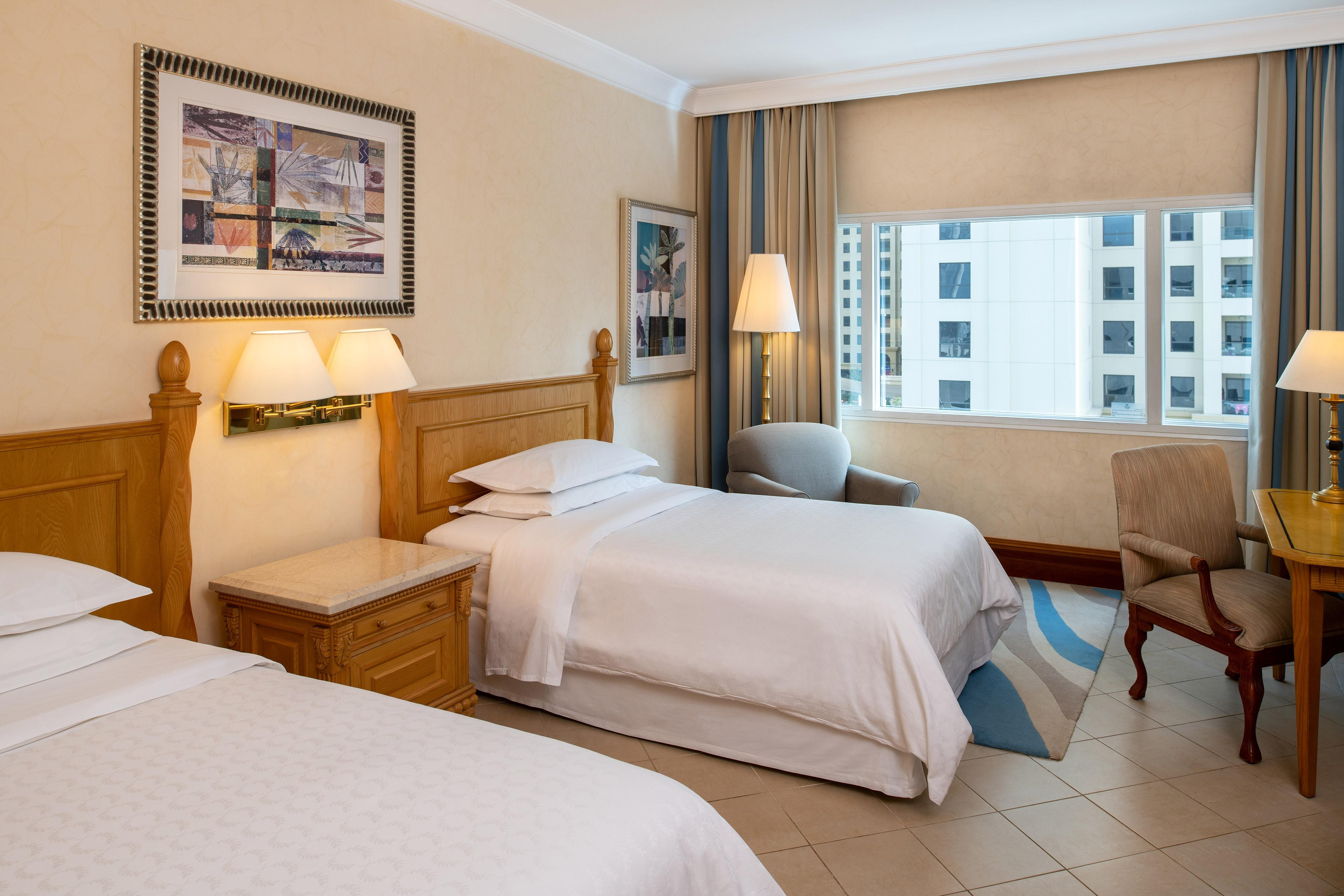 Twin/Twin Deluxe JBR View Guest Room