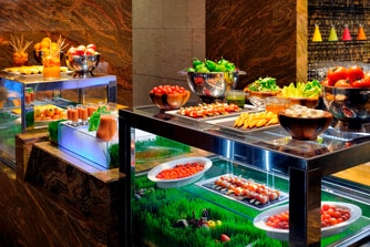 Buffet dining in Dubai