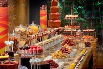 Dubai dining dessert buffet