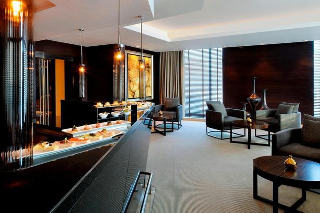 Dubai hotel executive lounge