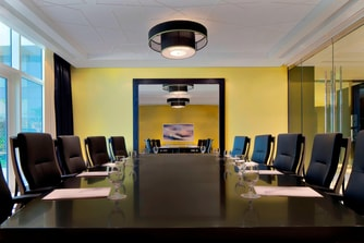 Le Royal Club Boardroom