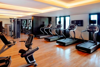 مركز لياقة بدنية في فندق دبي