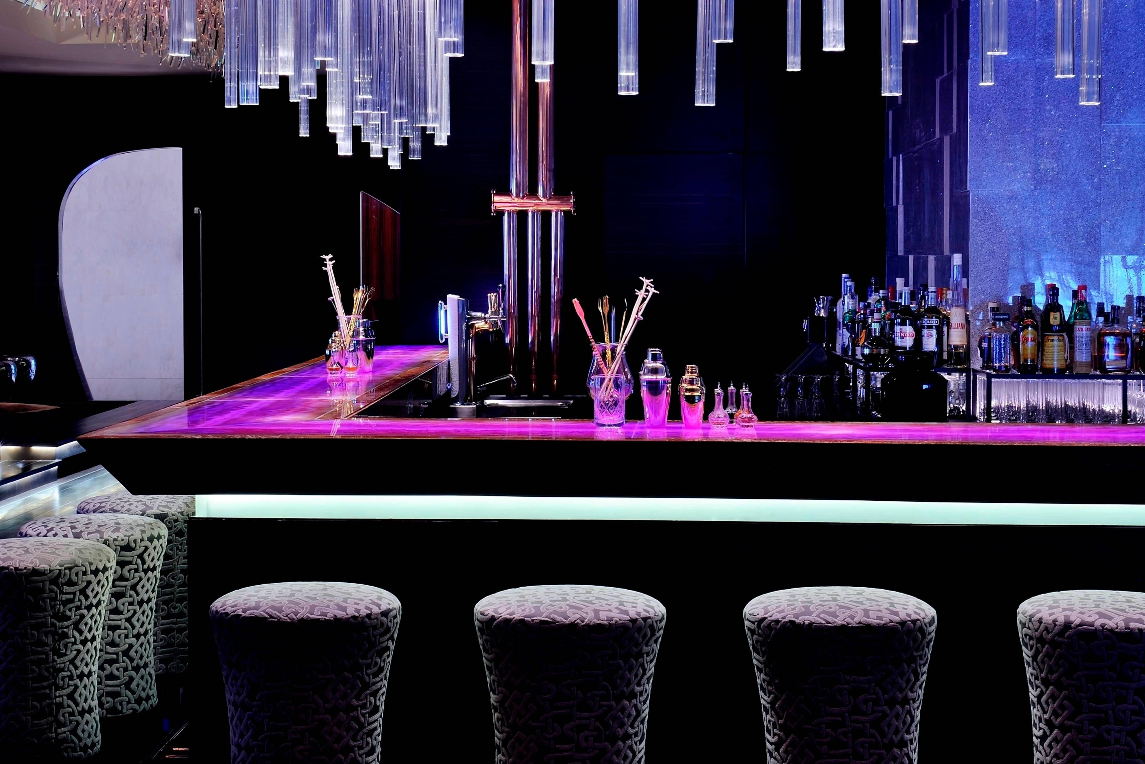 Dubai Bar